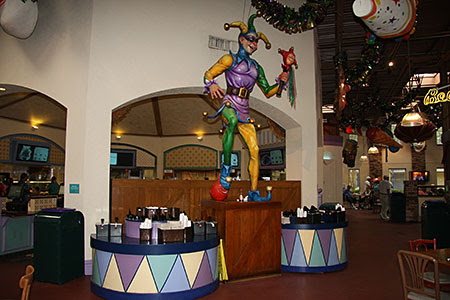 Mardi Gras Theming