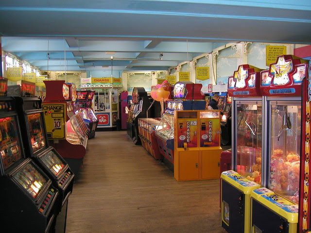 Worthing Pier Gaming Arcade Linnet Cc By Sa 2 0