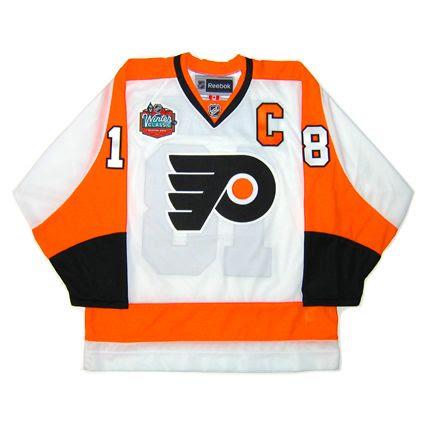 Philadelphia Flyers 2009-10 WClassic jersey photo PhiladelphiaFlyers2009-10WClassicF.jpg