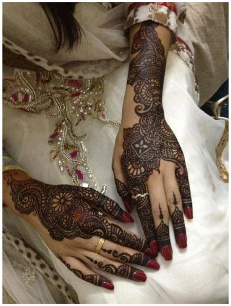 Latest Pakistani Mehndi Designs 2016 for Hands