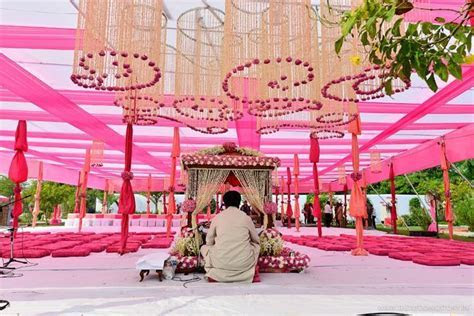 pretty in pink mandap   All things wedding in 2019