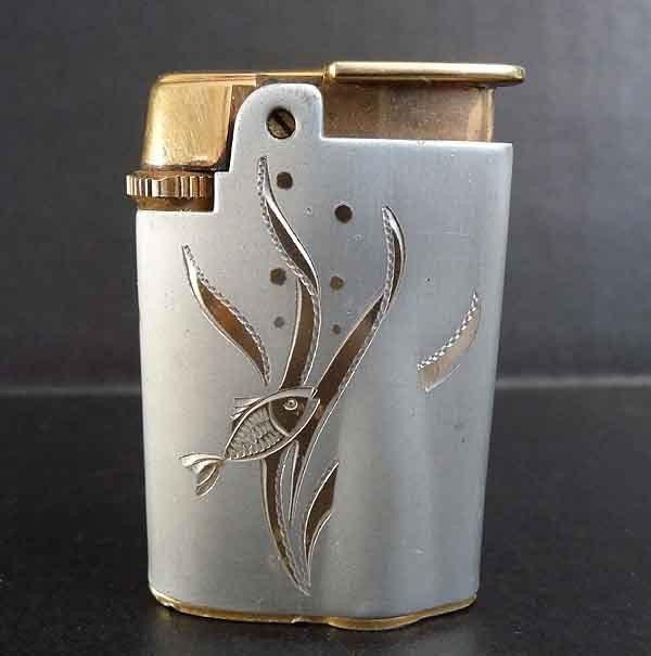 Vintage Ronson Fish Starfire Varaflame Lighter