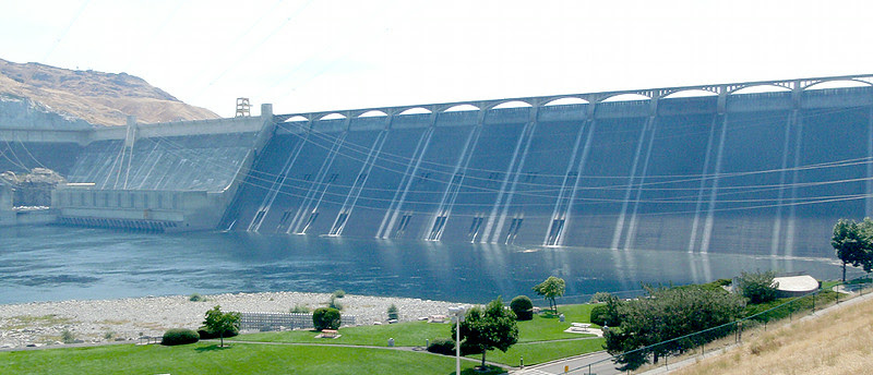 Left powerplant (left) and main dam