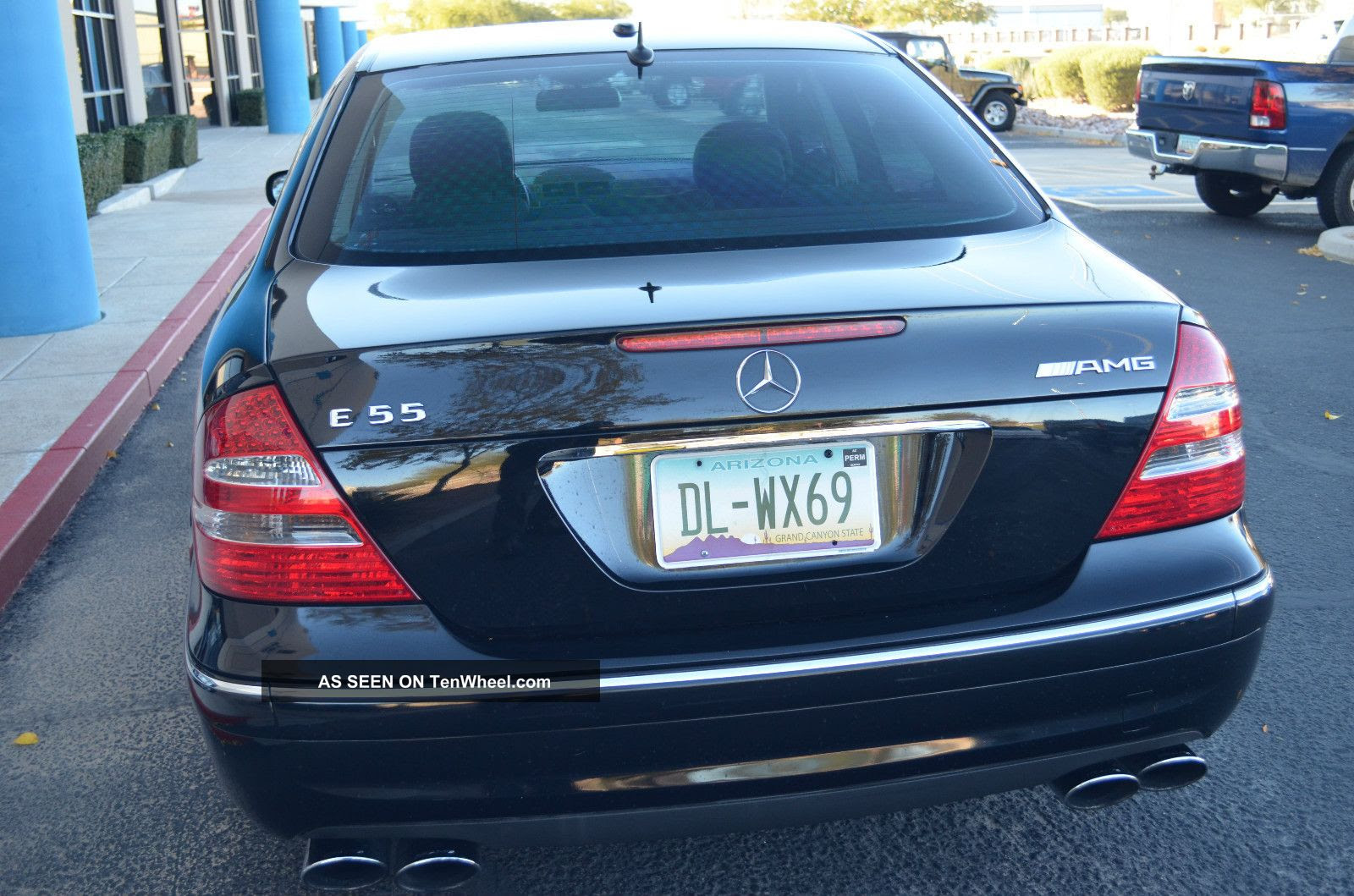 2006 Mercedes - Benz E55 Amg Sedan 4 - Door 5. 5l 469 Hp 0 ...