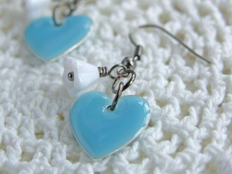 Sky Blue Hearts and White Flower Earrings - 'Sea Breeze'