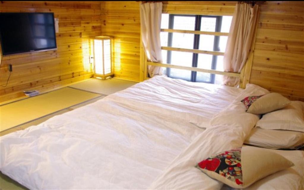 hotel near Hangzhou JIUXIYUNZHU STAY Private Double Tatami Studio CAMELIA