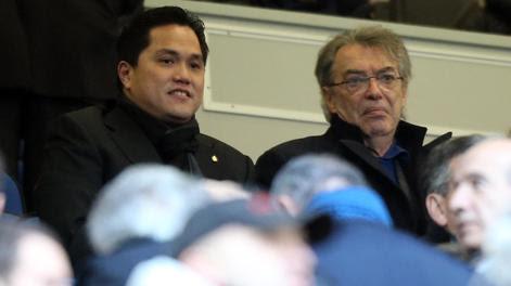 Erick Thohir in tribuna con Massimo Moratti. Ansa