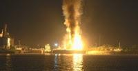 Έκρηξη με δύο τραυματίες σε φορτηγό πλοίο στον Βόλο