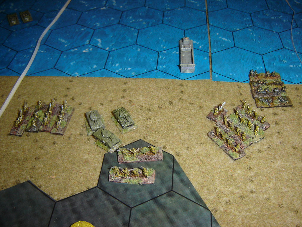 Japanese counterattack catches Marine armour