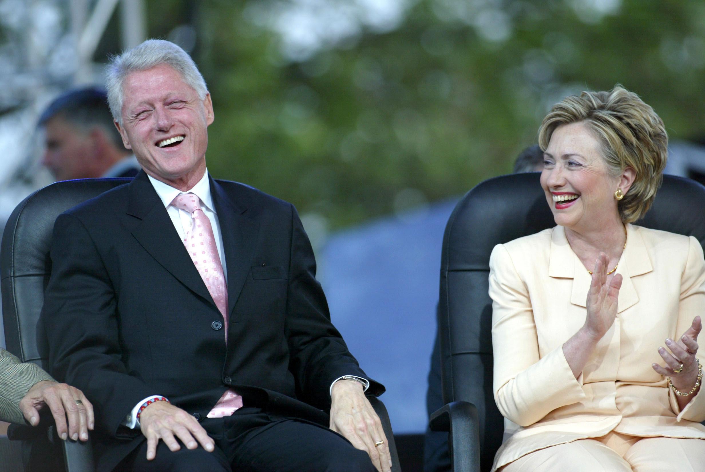 Bill-Hillary-shutterstock_13713790