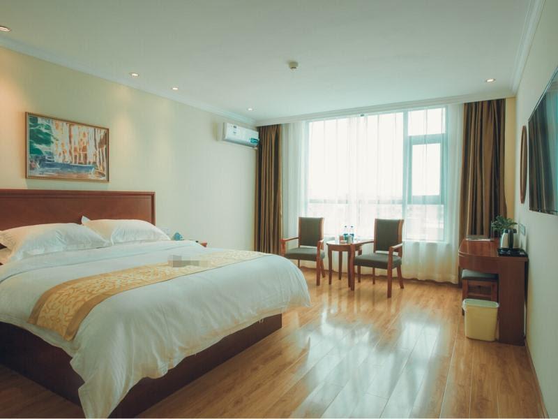 Review GreenTree Inn Zhoukou Huaiyang County Longdu Avenue Xihe Square Express Hotel