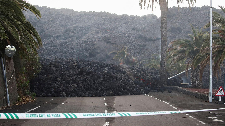 La Palma volcano: 300 more residents evacuated after fresh earthquakes