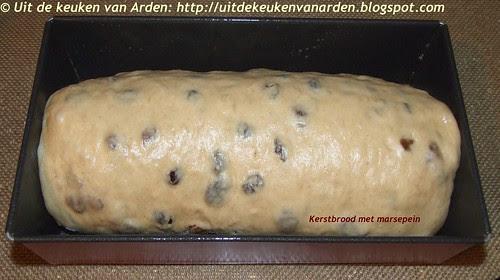 Kerstbrood met marsepein3