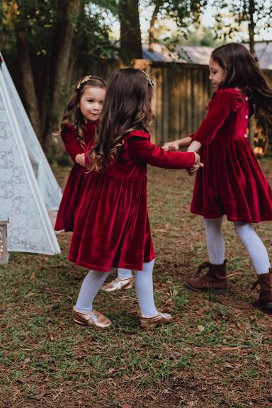 little girls red velvet dresses -- blog.cuteheads.com