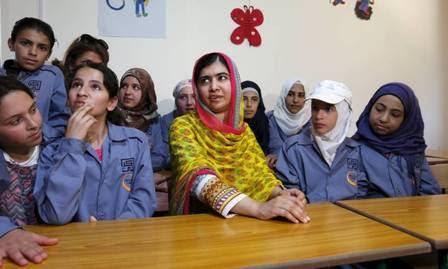 Em julho, Malala inaugurou uma escola para refugiadas sírias no Paquistão.
