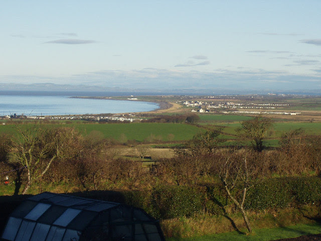 File:Allonby and Allonby Bay from the south - geograph.org.uk - 98449.jpg