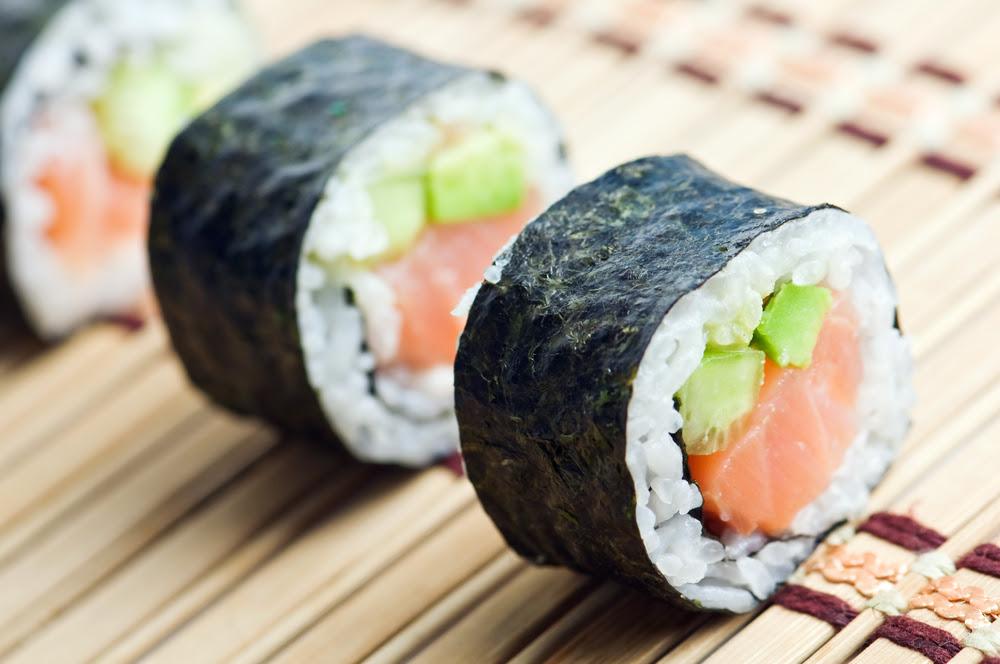 Cara Membuat Sushi Tanpa Menggunakan Beras Jepang