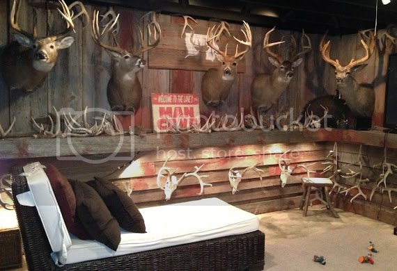 Beautiful Man Cave Ideas Hunting Theme