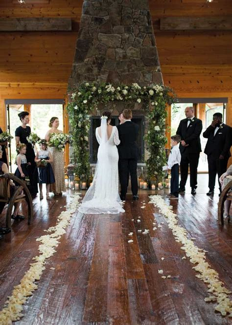 Going the Distance : Fall City Farms Wedding   Seattle Bride
