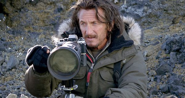 A mysterious photo taken by Sean O'Connell (Sean Penn) sets in motion the adventures that Walter Mitty will go on in THE SECRET LIFE OF WALTER MITTY.