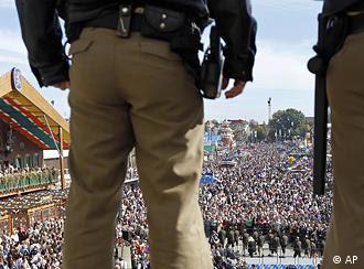 Και στη Γερμανία οι αστυνομικοί σε πλήρη επαγρύπνηση