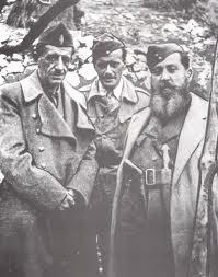 Στέφανος Σαράφης και Ναπολέων Ζέρβας κατά τη συνάντηση τους στο χωριό  Πλάκα