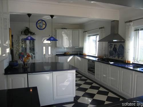 Cozinha planejada branca