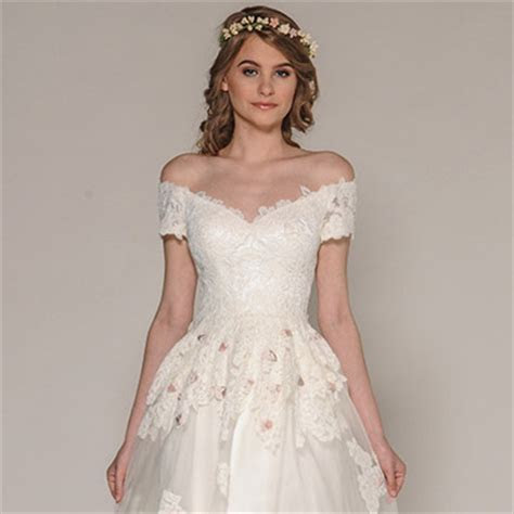 Eugenia Couture Fall 2016 Wedding Dresses   Wedding Inspirasi