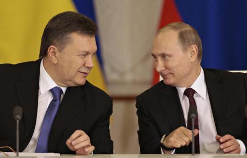 El Presidente electo de Ucrania Yanukóvich y el Presidente ruso Putin