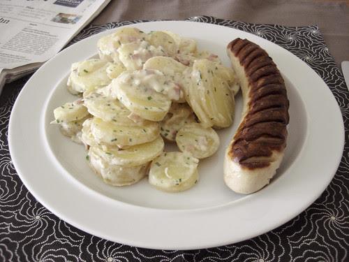 Bratwurscht und Härdöpfelsalat