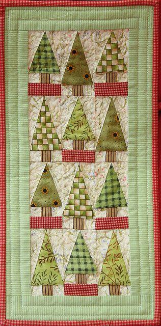 Little trees miniature patchwork quilt by jillyspoon, via Flickr
