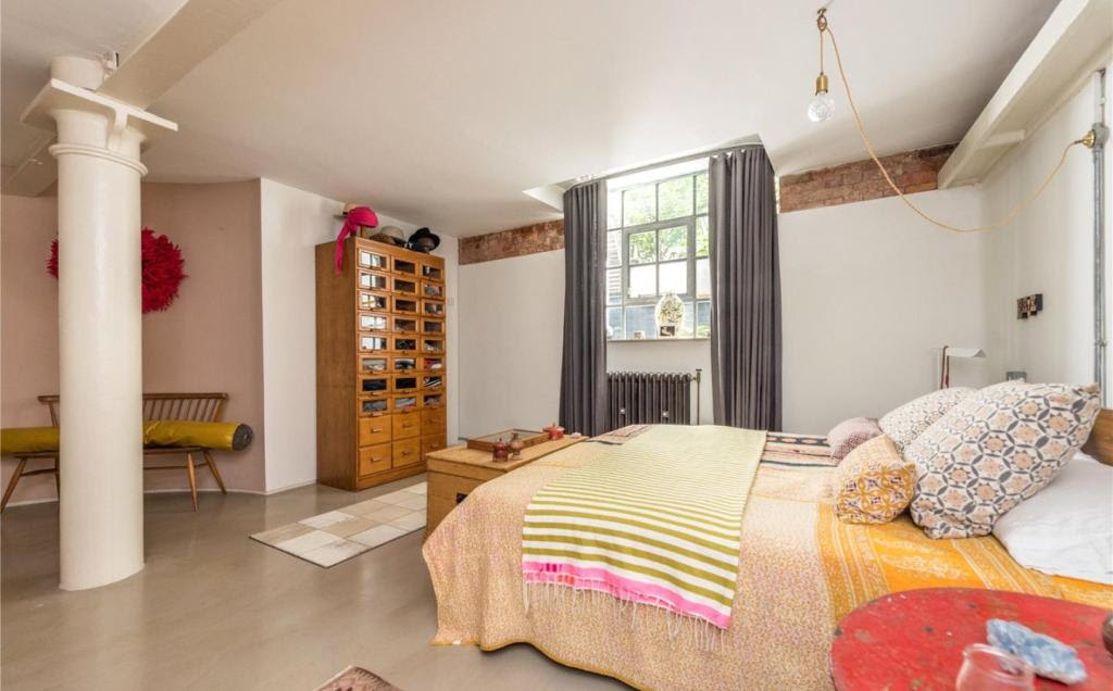 4 bedroom apartment for sale in Epworth Street, Shoreditch ...