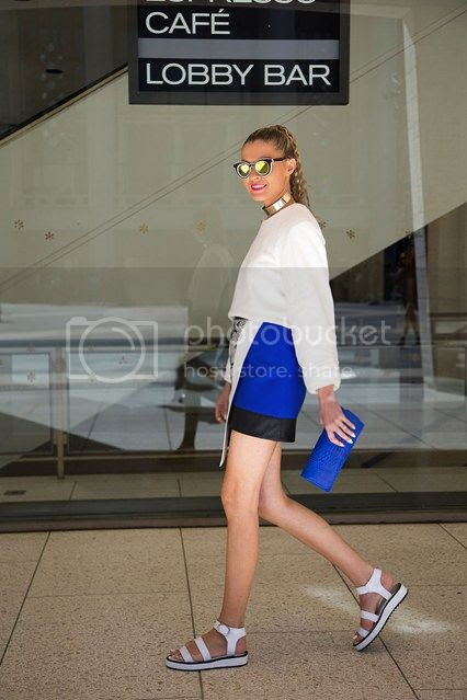 photo Dasha-Gold-new-york-fashion-week-street-chic-vogue-7sept13-dvora_426x639_zps228ed496.jpg