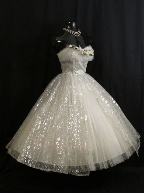 vintage   strapless white silver tulle lace prom