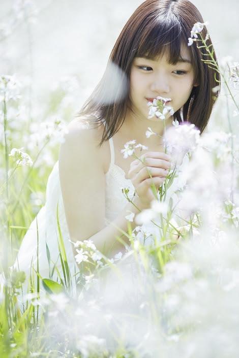 Models Collection : ( [HUSTLE PRESS] -  2017.04.21  Feature / Mirei Sasaki/佐々木美玲 : けやき坂46 かけのぼるまでまてない! )
