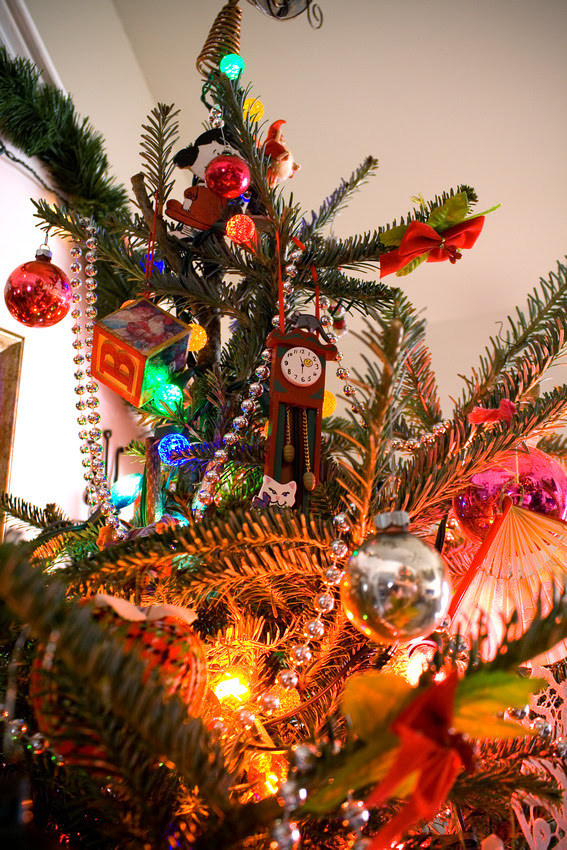 Christmas Tree via foobella.blogspot.com