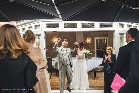 Cookham Wedding Photographer   Sanctum on the Green