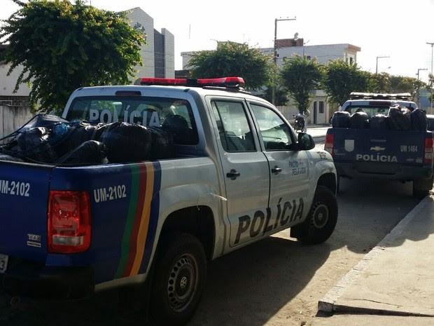 Apreensão de 380kg de maconha em Cupira (Foto: Divulgação/Polícia Civil)
