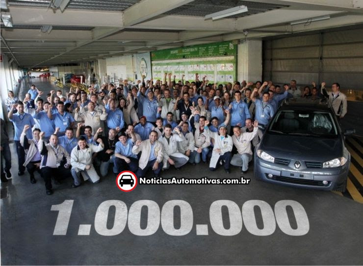 renault comemora 1 milhao de carros produzidos no brasil Renault até 2013: aumento salarial de 20%