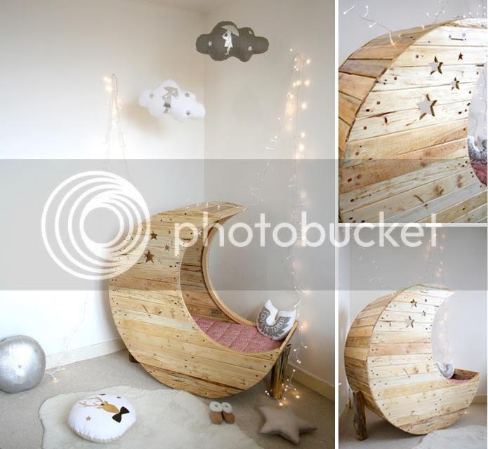 Créme Anglaise Moon Crib