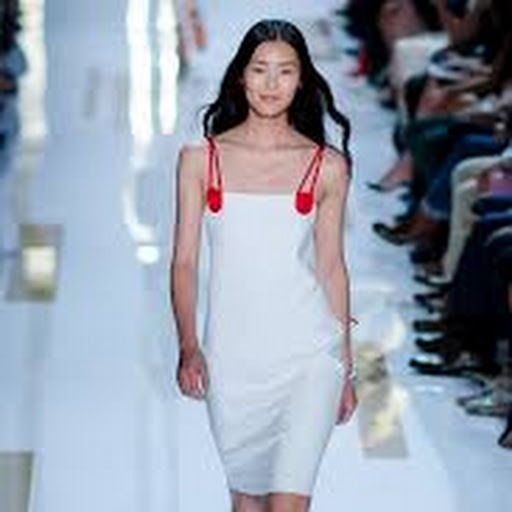 623ef56aeb7 Google News - New York Fashion Week - Latest