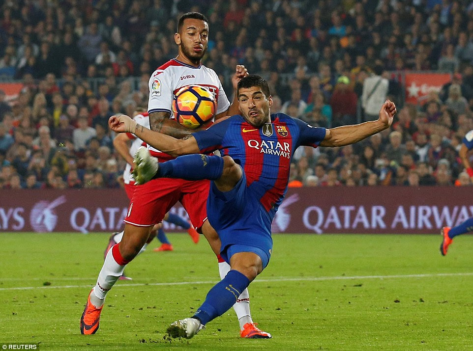 Luis Suarez was closely marked by the Granada defence in what was expected to be a heavily one-sided affair