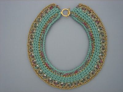 Dollybob: Crochet jewellery