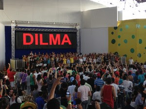 A presidente Dilma Rousseff compareceu neste sábado (24) ao congresso da União da Juventude Socialista (Foto: Priscilla Mendes / G1)