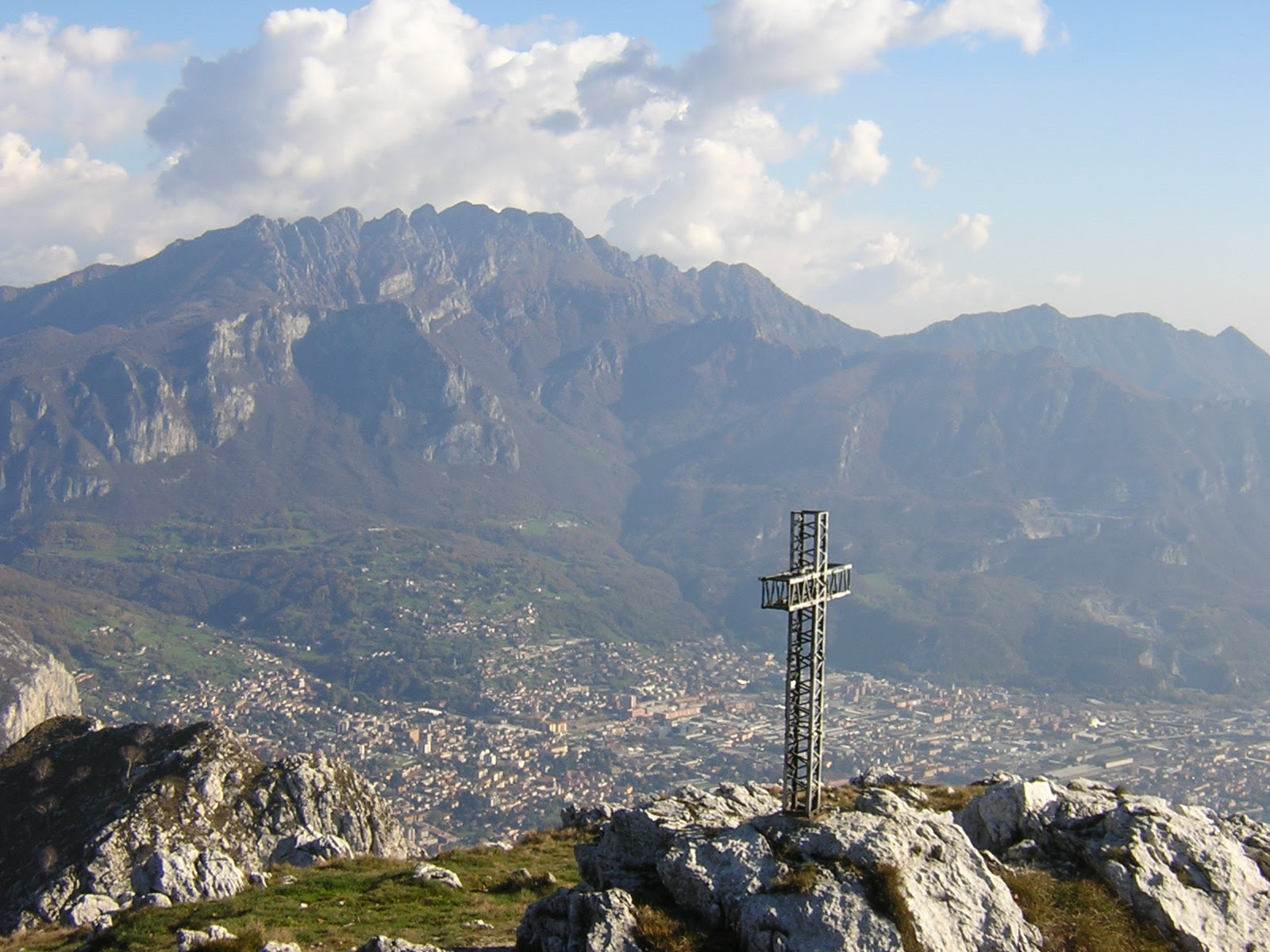 Visitsitaly Com Welcome To Lecco In The Lake District