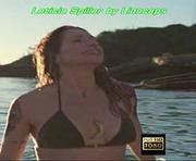 Leticia Spiller sensual em biquini na novela Sol Nascente