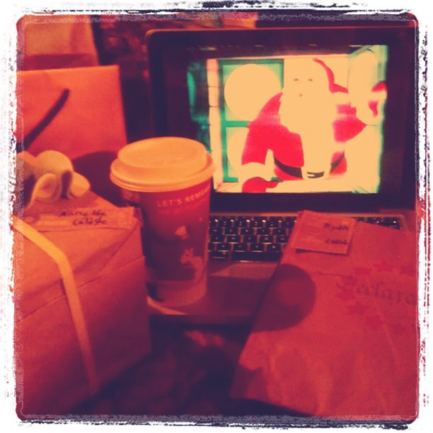 Wrapping prezzies with Starbucks and Christmas Classics on Netflix
