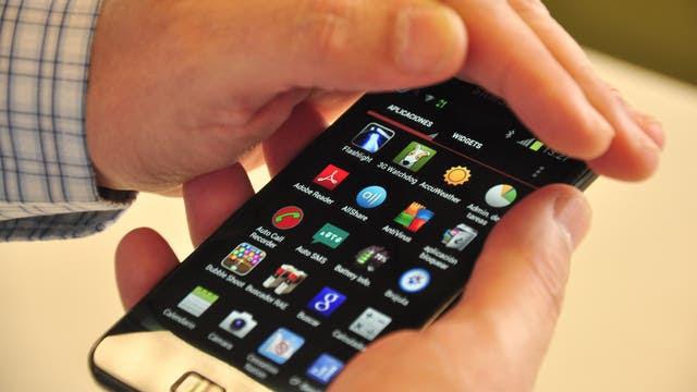 Se espera que este año entren 2.500.000 aparatos de telefonía móvil en forma ilegal