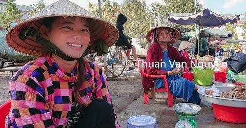 Vietnam || Hong Ngu Rural Market || Dong Thap Province