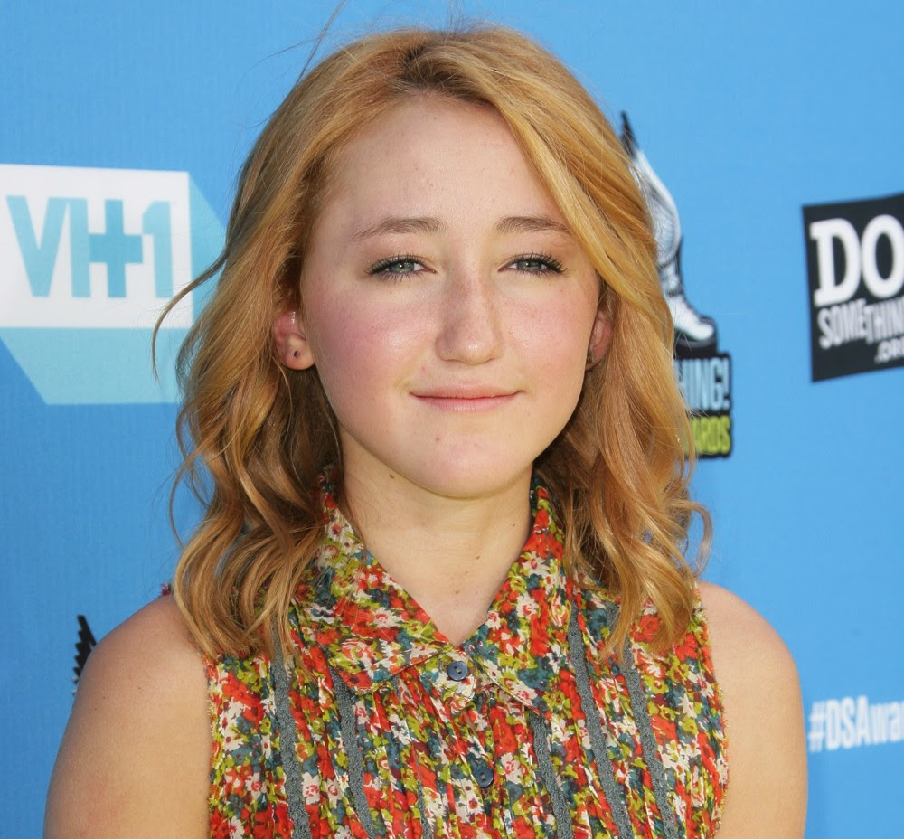 Noah Cyrus Picture 11 - The 2013 Do Something Awards